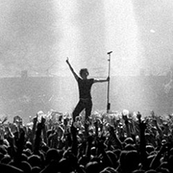 Tournée 2014 d'Indochine et DVD  du Stade de France